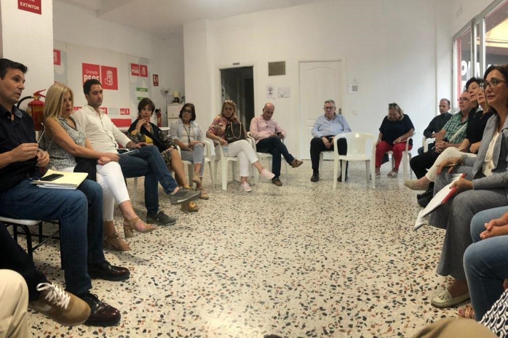Reunión del PSOE sobre el centro de salud de Mirasierra