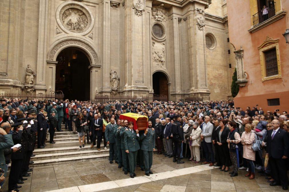 En Granada, misa funeral por el guardia civil fallecido tras ser disparado