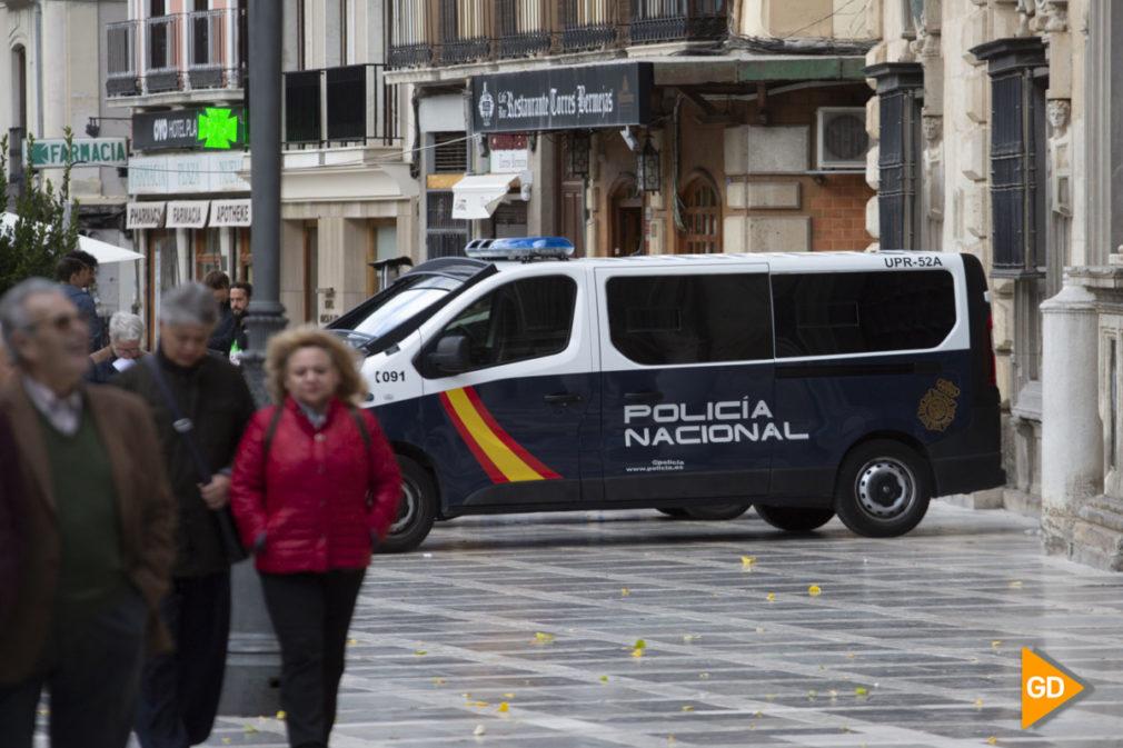 Foto Antonio L Juarez - Policia y Guardia civil en Granada-1