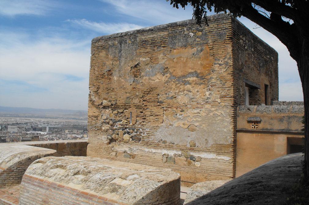 Granada.- La Alhambra abre en noviembre a visitas la torre nazarí de la Pólvora como espacio del mes