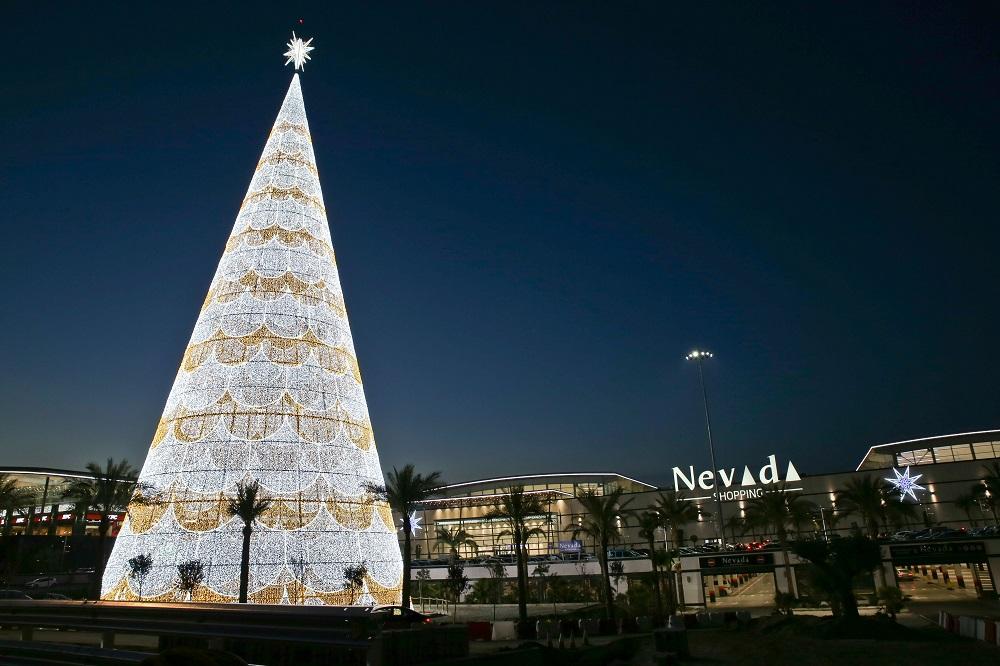 Ximénez Group_Árbol más alto de Europa_Nevada Shopping (1)