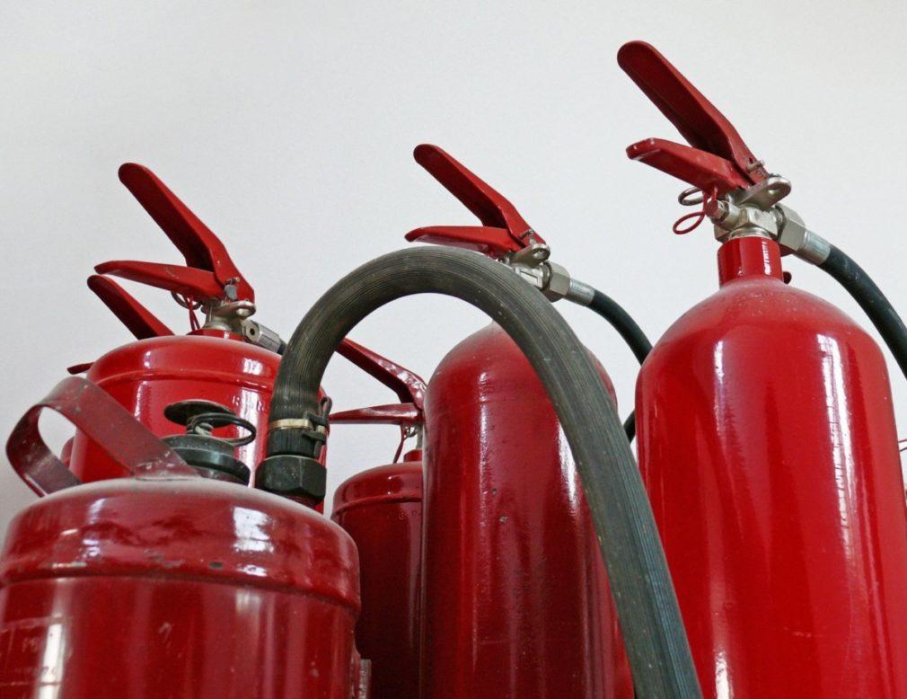 fire-extinguisher-1184298