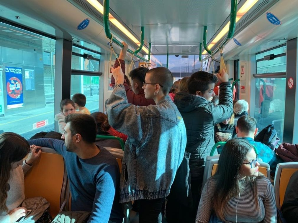 Granada.- El metro encadena los tres días con más viajeros con la ampliación horaria por la Navidad