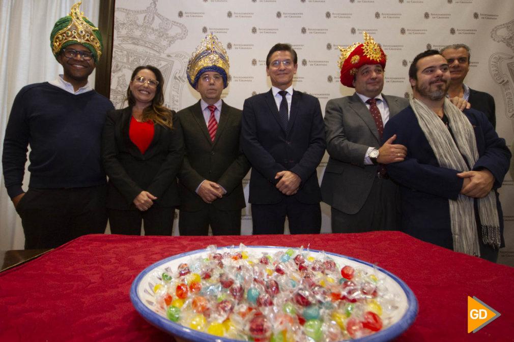 Presentación de los reyes magos para la cabalgata de reyes de Granada