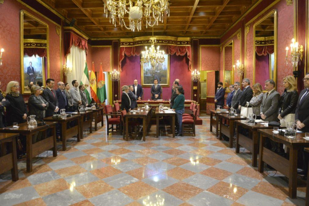 Granada.- El Ayuntamiento aprueba una operación de reordenación de la deuda para mejorar el pago a proveedores
