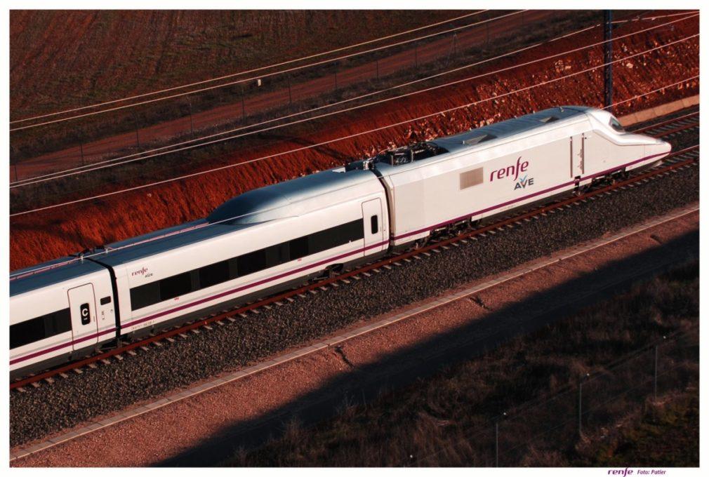 Granada.- El PP defenderá en pleno de Diputación la ampliación de los horarios de las paradas de los AVE en Loja