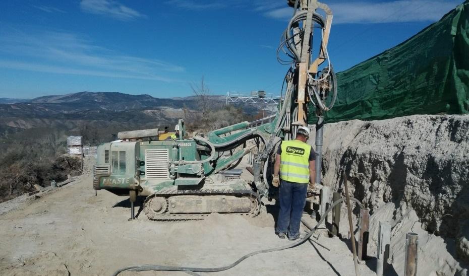 Granada.- Consejo.- La Junta realiza obras de emergencia en la A-395, principal acceso a Sierra Nevada