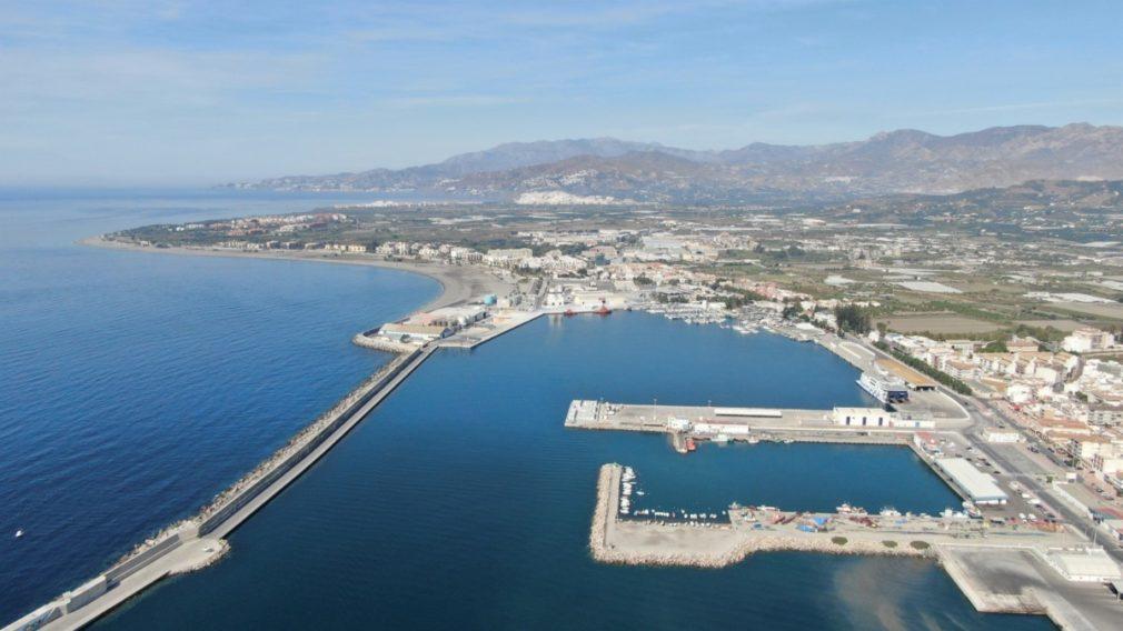 Granada.- Puertos.- El Puerto de Motril saca a concurso limpieza, jardinería y tratamiento de residuos por 1,5 millones