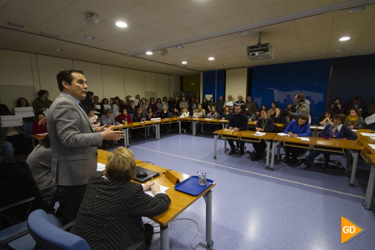 Reunión entre la directora de la Escuela Andaluza de Salud Pública, representantes de los trabajadores y dirigentes del PP para hablar del futuro del ente público
