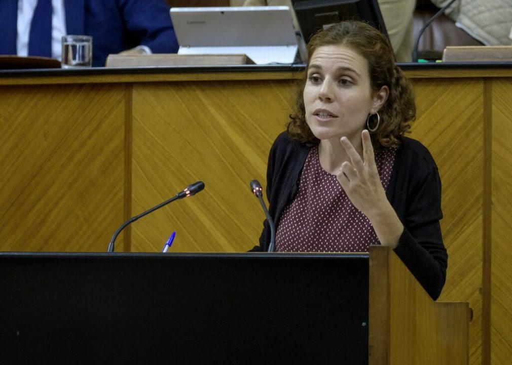 Ana Villaverde(1)