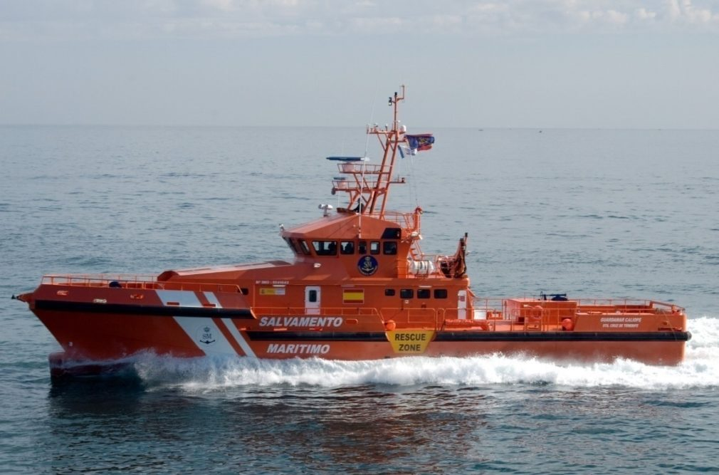 Sucesos.- Salvamento Marítimo busca tres pateras con más de dos centenares de personas en aguas de Alborán