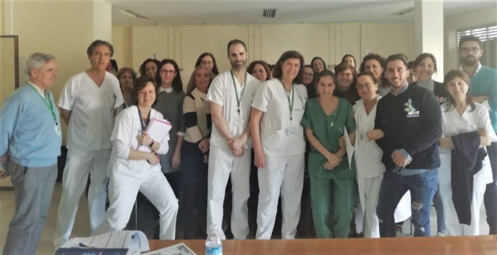 Granada.- El Hospital Virgen de las Nieves forma profesionales de Pediatría en cuidar bebés con piel de mariposa