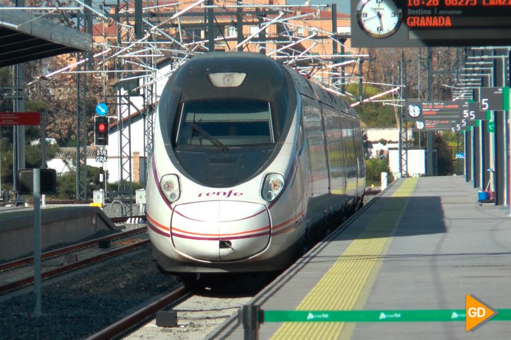Fotos Granada y Sevilla, unidas con trenes Avant (3)