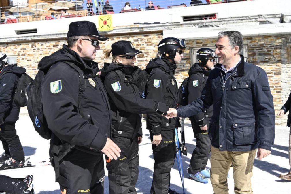 Granada.- Bendodo anuncia que la Unidad de Policía Adscrita volverá a contar con una sede en Sierra Nevada