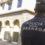 Detenido por agredir a su pareja, que deambulaba por Puerta Real para pedir auxilio en una farmacia