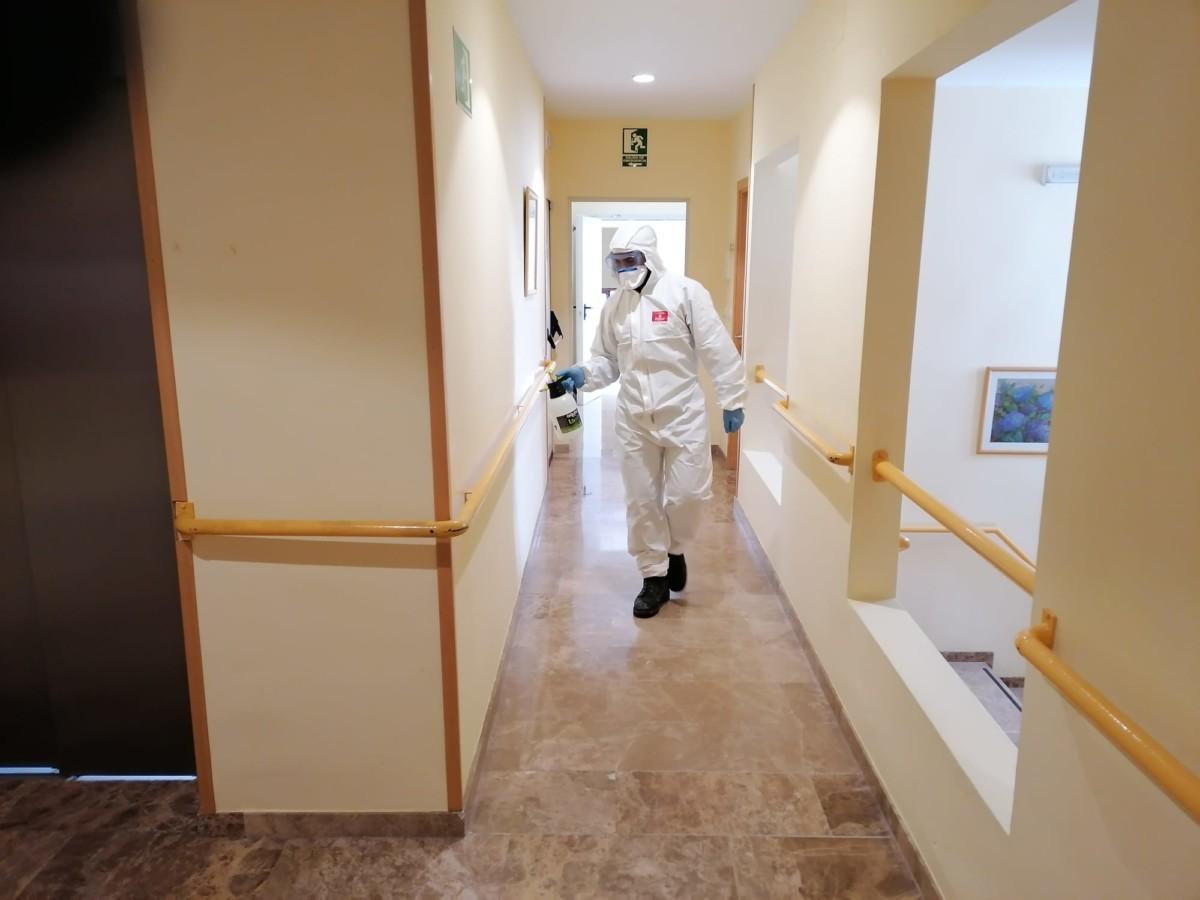 UME desinfección residencia Loja