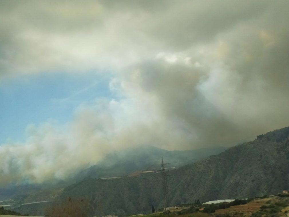 incendio velez de benaudalla Foto: Beatriz Vázquez