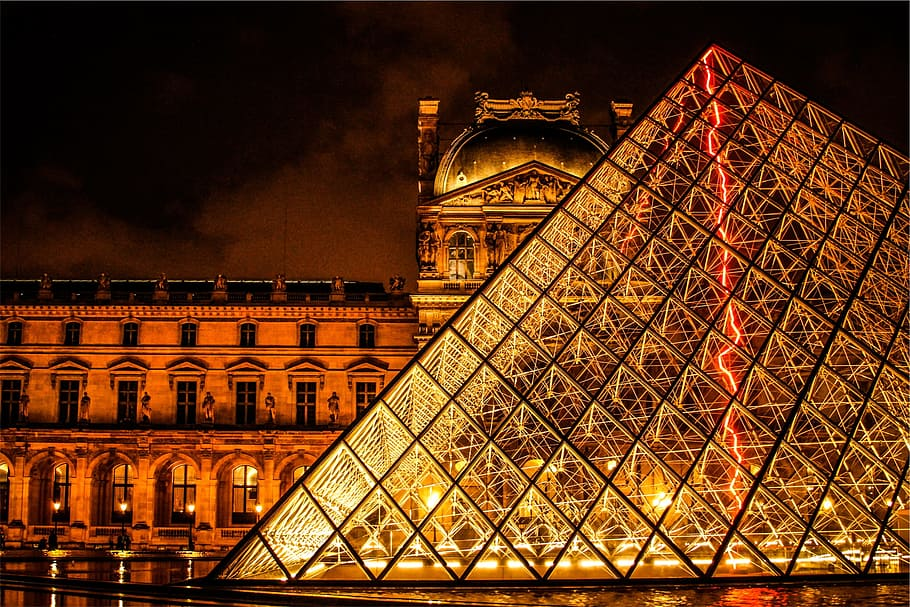 the-louvre-paris-france-architecture