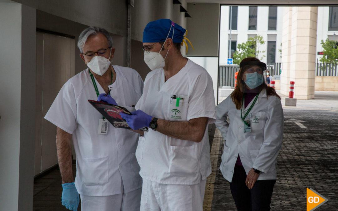 Andalucía registra tres fallecimientos y suma 25 casos por PCR y dos nuevos pacientes en UCI