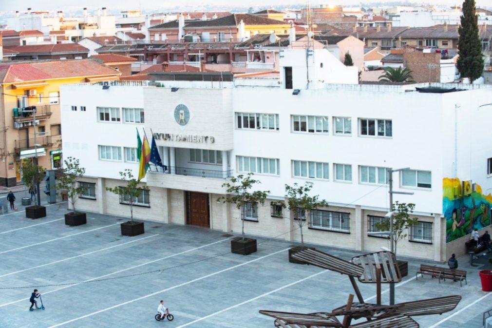 Fachada del Ayuntamiento de Armilla