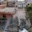 La demolición del mercado de Almuñécar se ve acelerada con la puesta en servicio de una grúa de gran potencia y tamaño