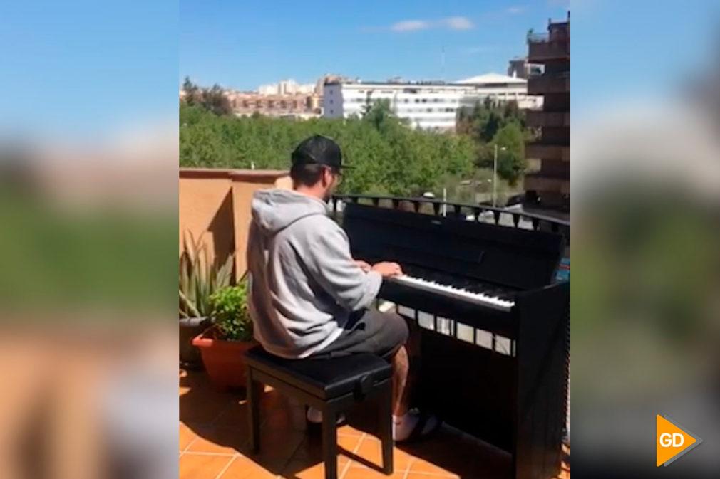 Pianista terraza