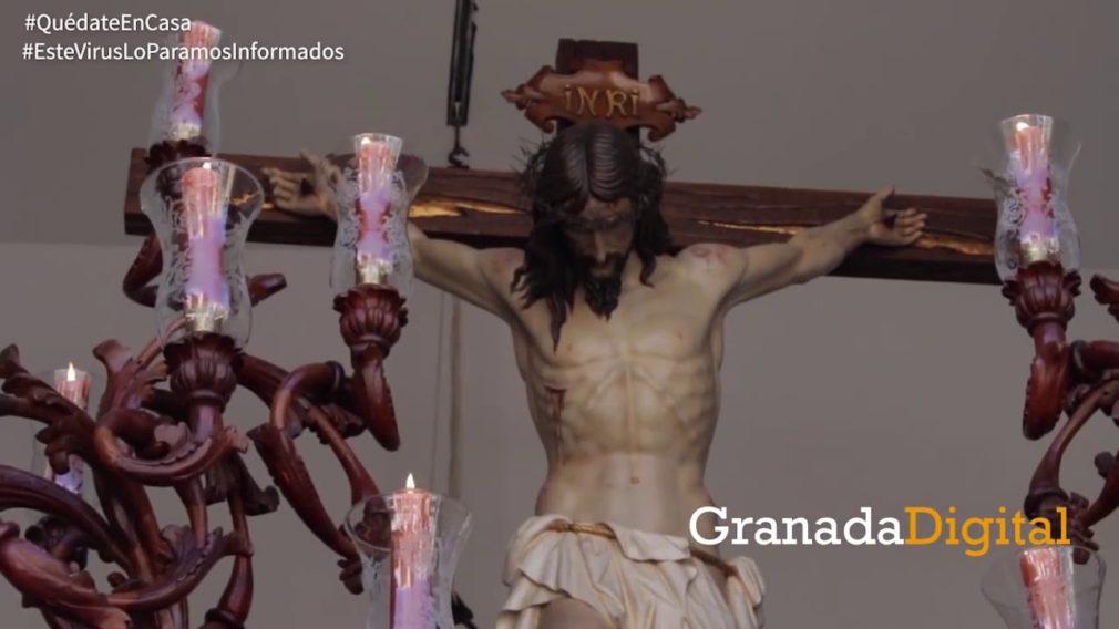 Revivimos-los-mejores-momentos-del-Jueves-Santo-en-Granada-a-lo-largo-de-los-años