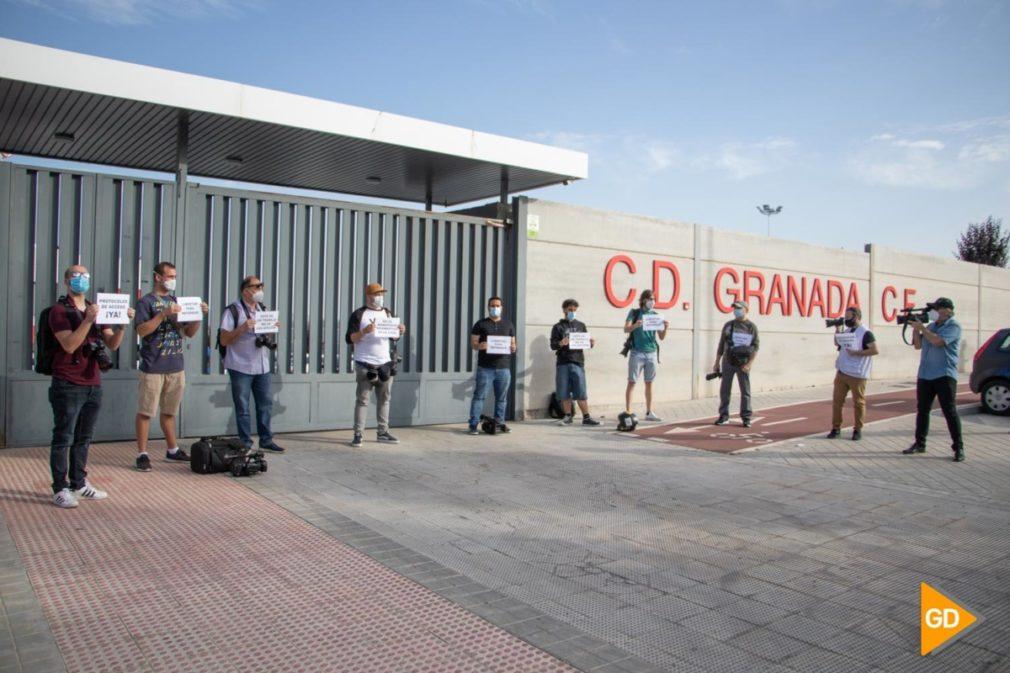 CONCENTRACION FOTOPERIODISTAS GRANADA PROTESTA LALIGA - DANI B-2