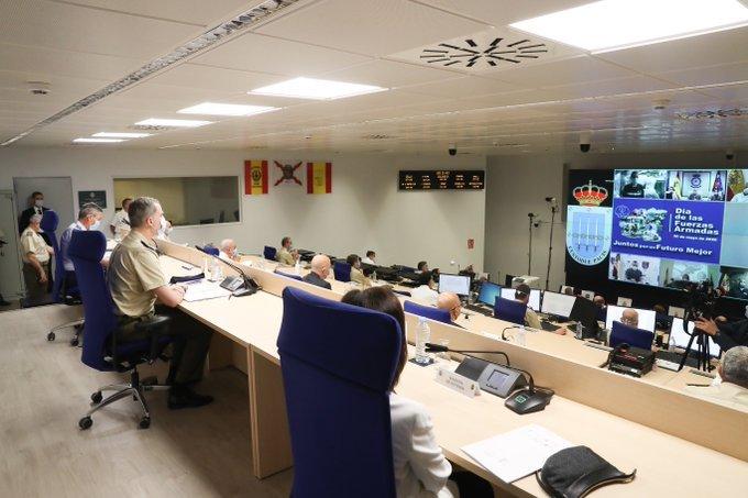 Rey Felipe VI videoconferencia con militares desde la base de Retamares- Casa de S.M. el Rey