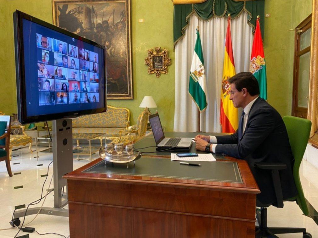 alcalde Luis Salvador encuentro 30 representantes asociaciones y entidades sociales