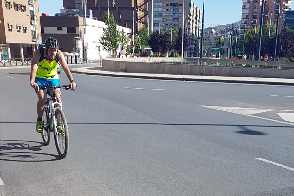 ciclista granada - Foto JPrieto