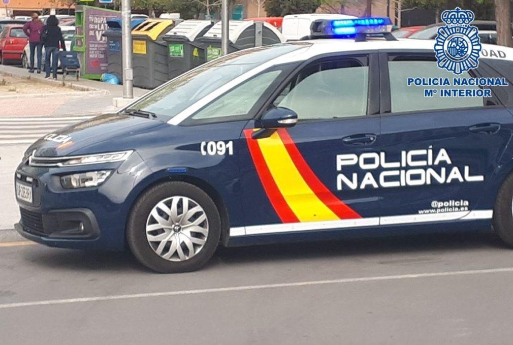 vehiculo policia nacional granada