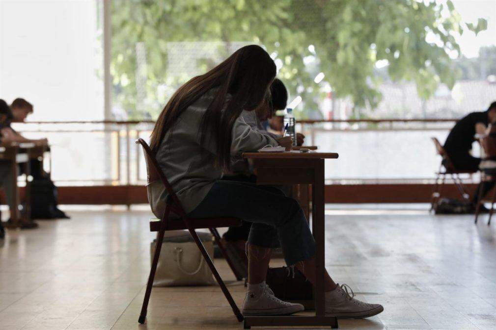 Alumnos en un exámen - Jesús Hellín - Europa Press