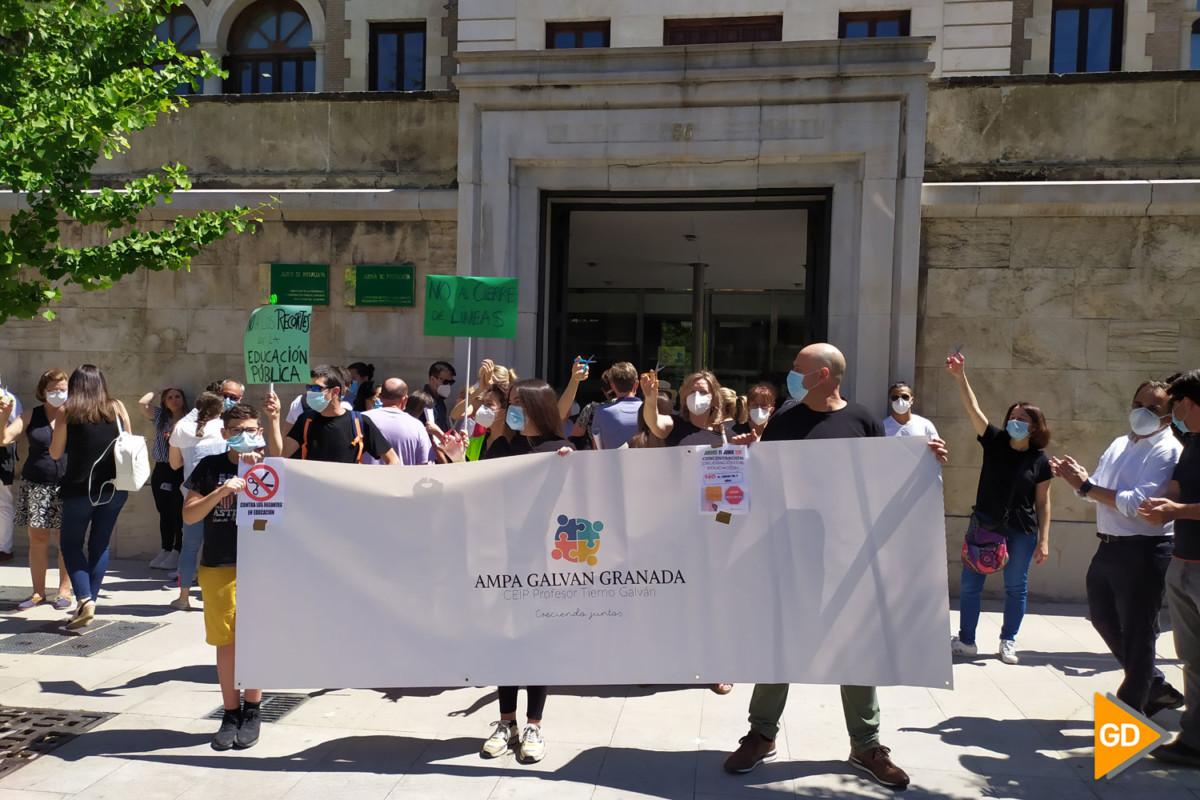 FOTOS PROTESTA DE PADRES (4)