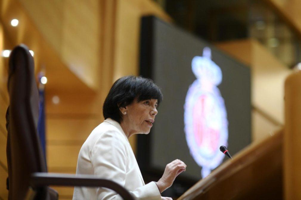 La ministra de Educación y Formación Profesional, Isabel Celaá, el pasado 4 de junio en una comparecencia en el Senado. - Óscar Cañas - Europa Press
