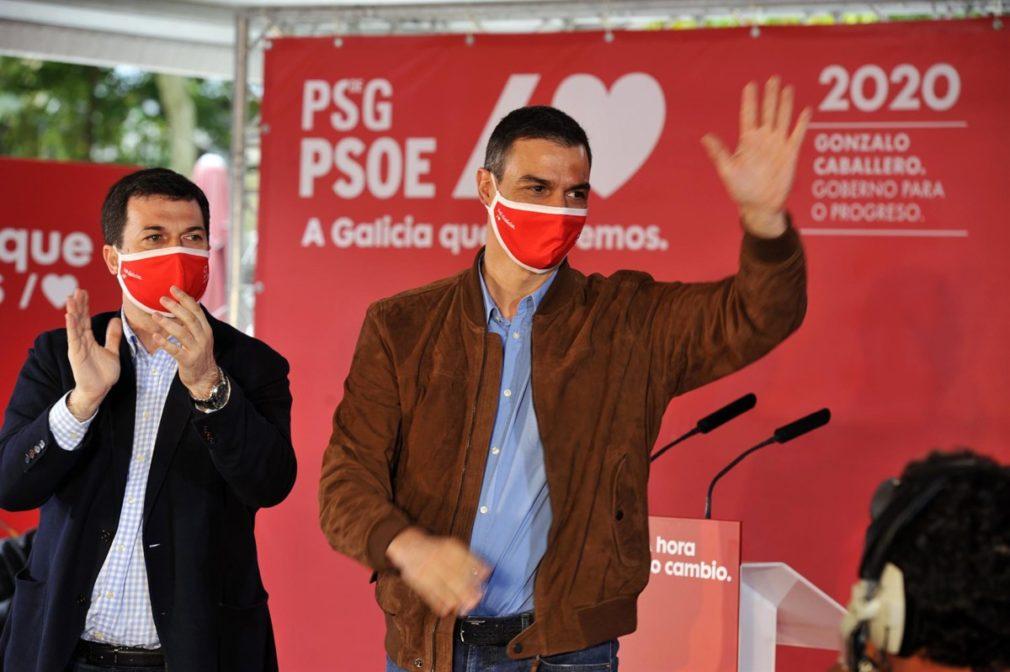 Pedro Sánchez, durante un mitin junto al candidato a la presidencia de la Xunta por el PSdeG-PSOE, Gonzalo Caballero - Foto Rosa Veiga - Europa Press