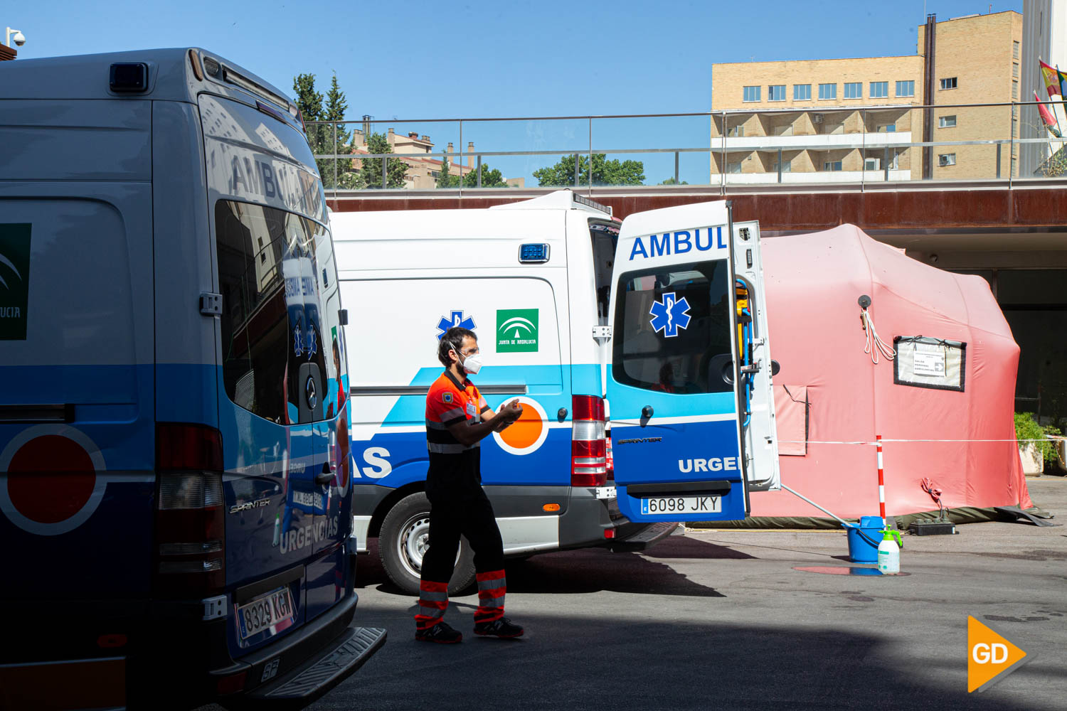 FOTOS HOSPITALES AMBULANCIAS Y SANITARIOS (3)