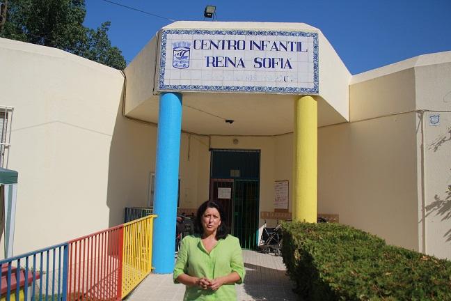 La concejala de Servicios Sociales y responsable de las Escuelas Infantiles Municipales, en el Consistorio sexitano, María del Carmen Reinoso