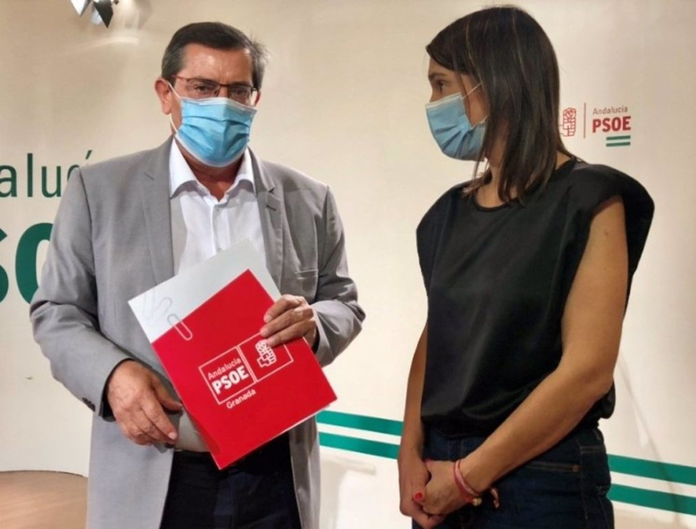 Granada.- Alcaldes socialistas contemplan la vía judicial para reclamar a la Junta gastos de desinfección de colegios