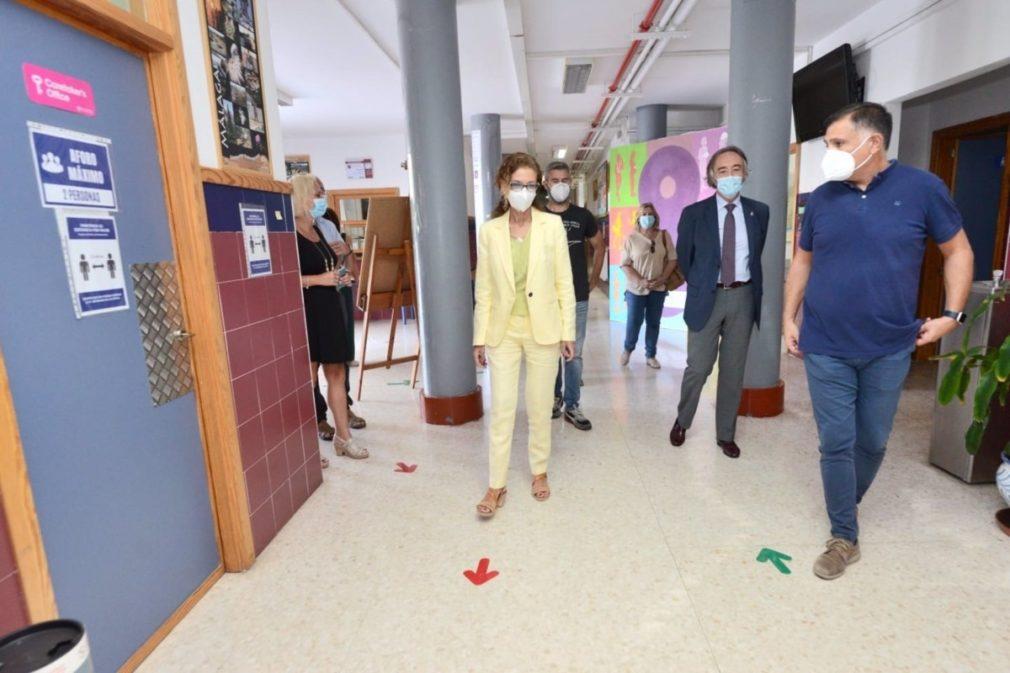 Granada.- Coronavirus.- Junta realiza más de 3.000 pruebas a profesionales desde el lunes ante el inicio de curso
