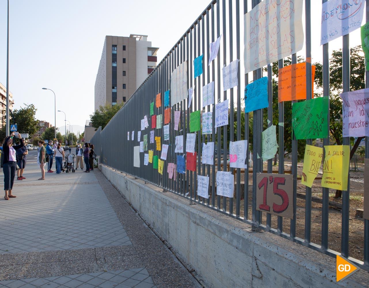 Protesta madres y padres Colegio Vivaldi Carlos Gijon-4
