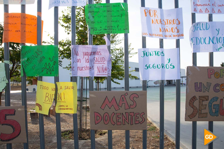 Protesta madres y padres Colegio Vivaldi Carlos Gijon-5