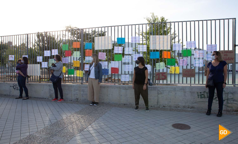 Protesta madres y padres Colegio Vivaldi Carlos Gijon-6