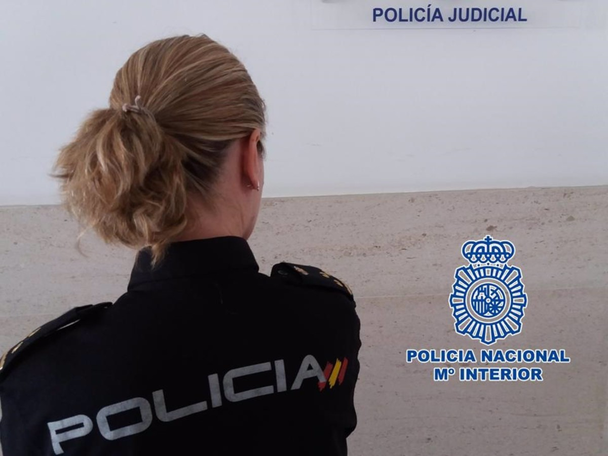 Granada.- Sucesos.- Detenidos por robar en la vivienda de un nonagenario que les sorprendió dentro