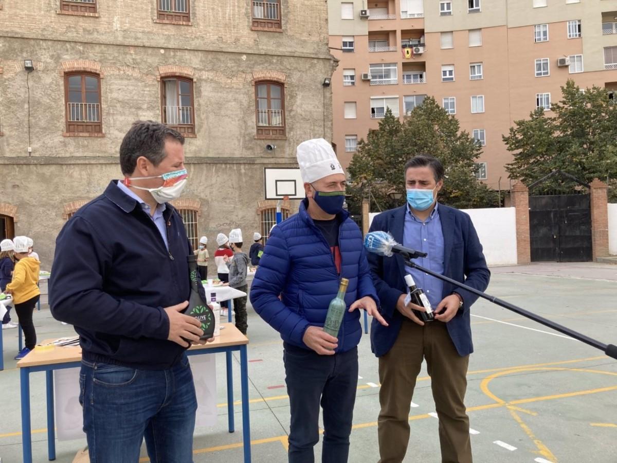 Granada.- UPA se suma en la provincia a una campaña para divulgar el aceite de oliva virgen extra entre los escolares