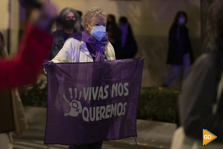 Manifestación en contra de la violencia de genero 25N en Granada