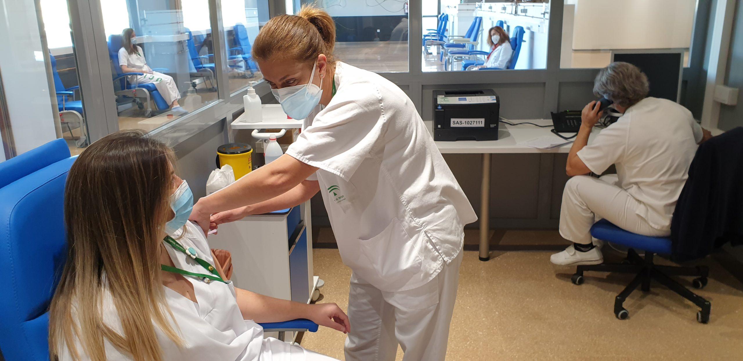 05 Vacunación Covid-19 en el Hospital Clínico San Cecilio