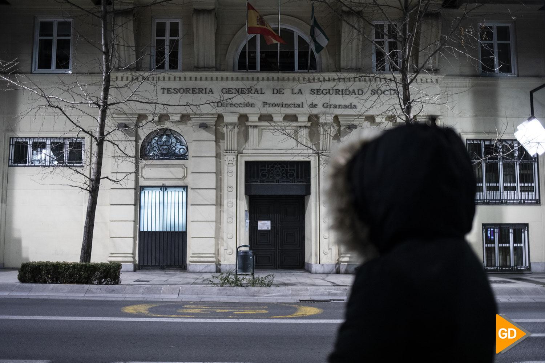 Foto sobre el ingreso mínimo vital en la Tesorería General de la Seguridad Social en Granada
