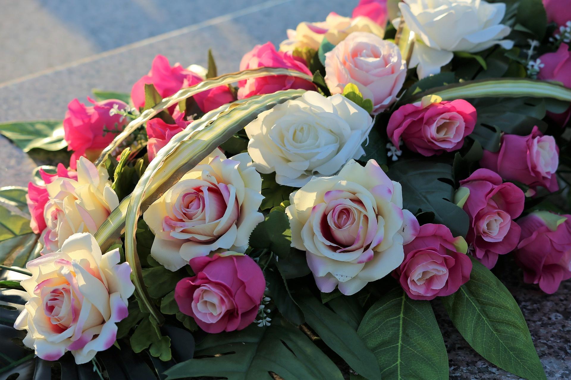 flores funerarias entierros cementerios coronas de flores sepelios
