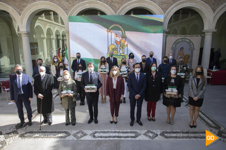 Entrega de Banderas a entidades por el dia de Andalucia